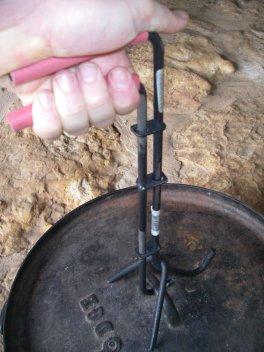 Cast Iron Dutch Oven Lid Lifter